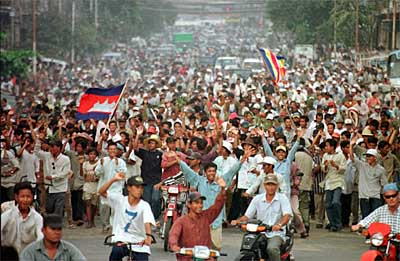 OPPOSITION PROTESTERS MARCH IN PHNOM PENH